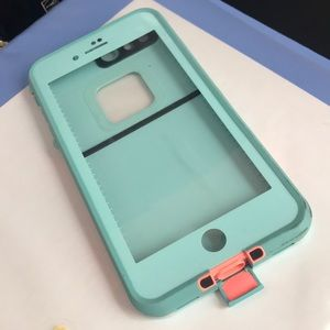 iPhone 7 Plus Frē Lifeproof case